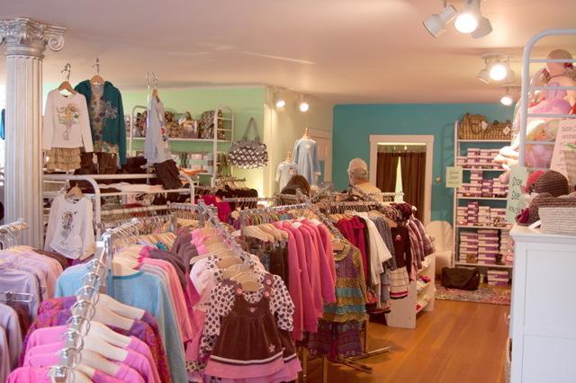Как увеличить продажи в магазине одежды