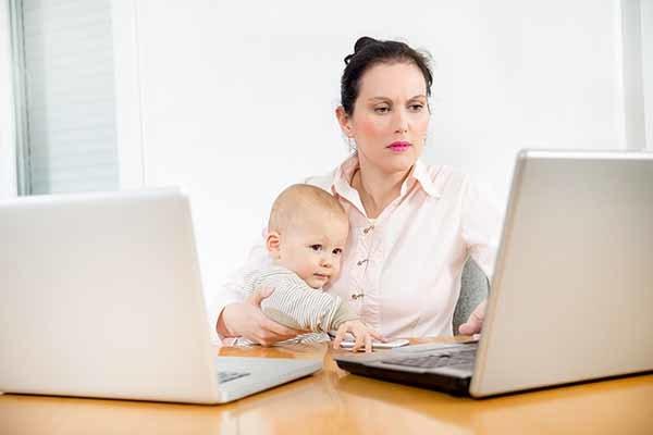 Как заработать маме в декрете на дому используя интернет