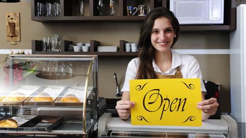 Какой бизнес открыть в маленьком городе с минимальными вложениями
